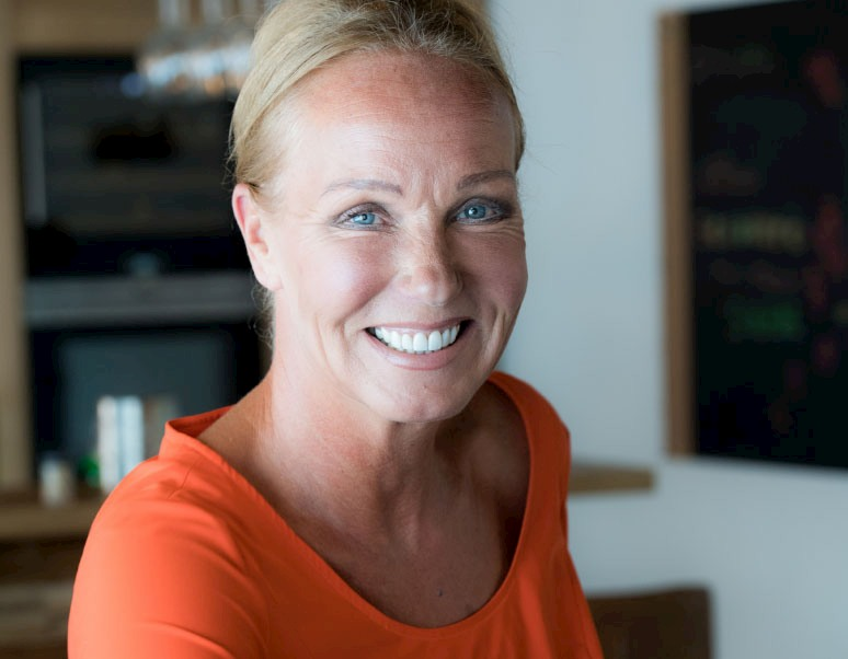 Flavia van As Charlie works Management Team MT Operations COO Chief Operating Officer